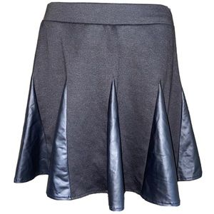 Dresses & Skirts - Black Circle Skirt Short Faux Leather Small Junior